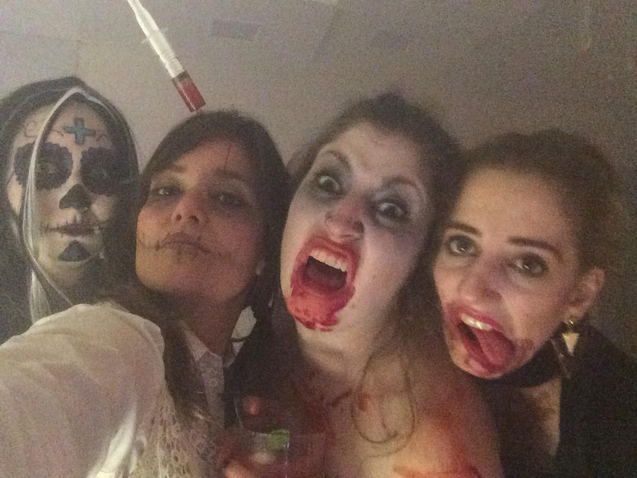 Minhas amigas loucas! Eu, Paty, Rê e Bruna