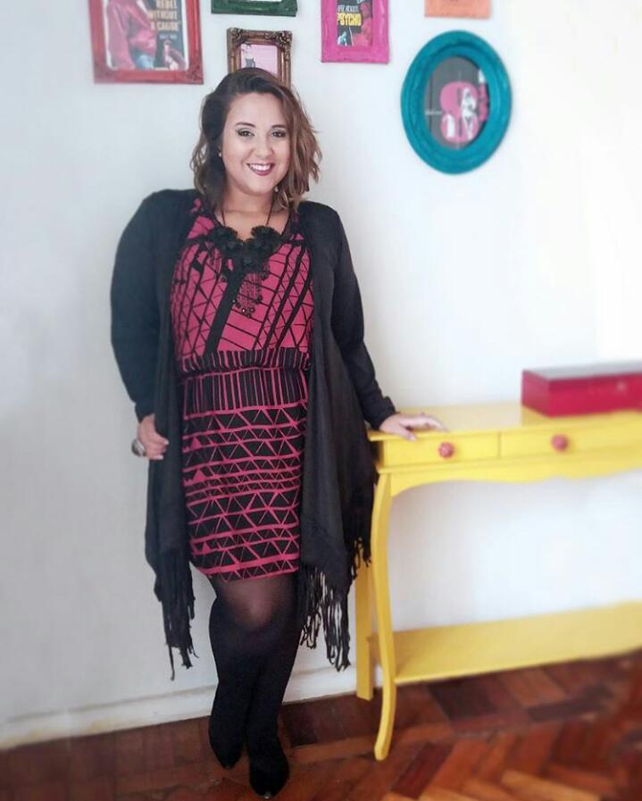 A Paty do Tamanho P fez um look com kimono pra um dia frio e eu amei!